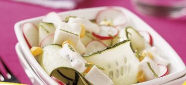 Ensalada fresca de pepino y queso g.blanca edited
